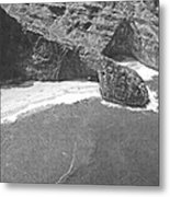 Turtle Head Sea Cave Napali Coast Metal Print