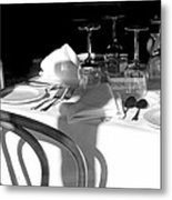 Waiting For Diners Bw Metal Print