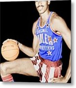 Wilt Chamberlain As A Member Of The Harlem Globetrotters  Metal Print