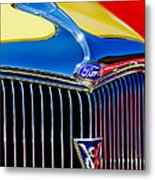 1934 Ford Deluxe Coupe Grille Emblems Metal Print