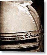 1935 Chevrolet Hood Ornament - Emblem Metal Print