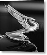 1935 Chevrolet Sedan Hood Ornament -479bw Metal Print