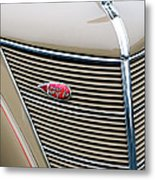 1937 Lincoln-zephyr Coupe Sedan Grille Emblem - Hood Ornament Metal Print