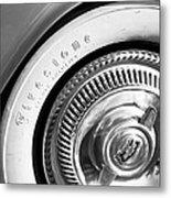 1954 Chevrolet Corvette Wheel Emblem -290bw Metal Print