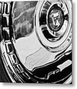 1956 Ford Thunderbird Wheel Emblem -232bw Metal Print