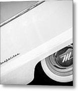 1959 Nash Metropolitan 1500 Convertible Wheel Emblem -0388bw Metal Print