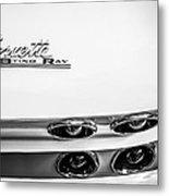 1963 Chevrolet Corvette Split Window Taillight Emblem -458bw Metal Print