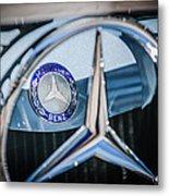 1968 Mercedes-benz 280 Sl Roadster Emblem -0919c Metal Print