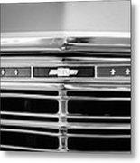 1967 Chevrolet Chevelle Malibu Grille Emblem Metal Print