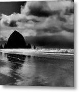 Cannon Beach - Oregon Metal Print by David Patterson