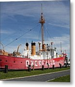 Light Vessel Overfalls Metal Print