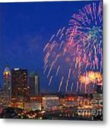 D21l-10 Red White And Boom Fireworks Display In Columbus Ohio Metal Print