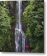 Woman With Umbrella At Wailua Falls Metal Print