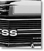 1970 Chevrolet Chevelle Ss Grille Emblem Metal Print