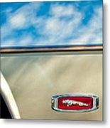 1995 Jaguar Emblem Metal Print