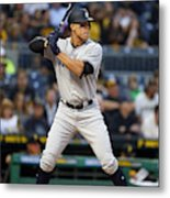 New York Yankees v Pittsburgh Pirates Metal Print