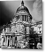 St Pauls Cathedral London Art Metal Print by David Pyatt
