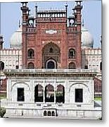 Badshahi Mosque In Lahore Pakistan Metal Print