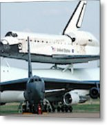 747 Transporting Discovery Space Shuttle Metal Print