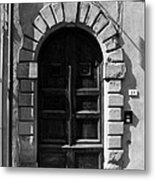 A Door In Tuscany Bw Metal Print