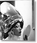 A Model In A Beauty Salon Metal Print