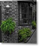 A Touch Of Green In The City Metal Print by Dan Sproul