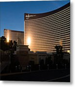 A Wynn And Encore Sunset Metal Print