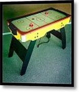 Air Hockey Table Metal Print by Les Cunliffe