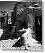 Alley And Adobe Bldgs Metal Print