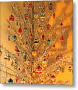 An Old Fashioned Christmas - Aluminum Tree Metal Print