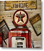 Antiques And Junque Metal Print
