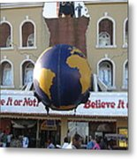 Atlantic City - Ripleys Believe It Or Not - 01139 Metal Print by DC Photographer