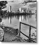 Austin Texas Skyline Lou Neff Point In Black And White Metal Print