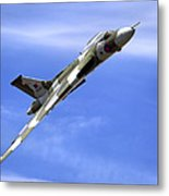 Avro Vulcan B2 Xh558 G-vlcn Metal Print