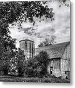Barn In Black And White Metal Print