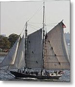 Beautiful Sailboat In Manhattan Harbor Metal Print