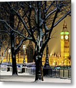 Big Ben And Houses Of Parliament In Snow Metal Print