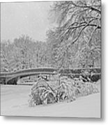 Bow Bridge In Central Park During Snowstorm Bw Metal Print