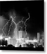 Budweiser Lightning Thunderstorm Moving Out Bw Pano Metal Print