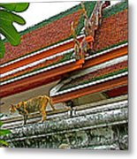 Cat On A Wat Po Roof In Bangkok-thailand Metal Print