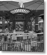 Catal Outdoor Cafe Downtown Disneyland Bw Metal Print