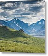 Center Of The Valley Metal Print