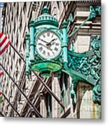 Chicago Clock On Macy's Marshall Field's Building Metal Print