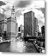 Chicago Downtown At Michigan Avenue Bridge Picture Metal Print