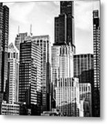 Chicago High Resolution Picture In Black And White Metal Print by Paul Velgos
