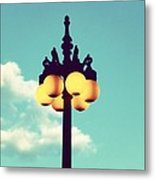 Chicago Lamp Post And Blue Skies Metal Print