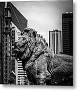 Chicago Lion Statues In Black And White Metal Print