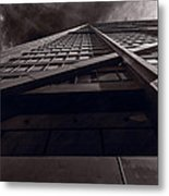 Chicago Structure Bw Metal Print