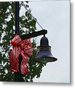 Christmas Post And Bow Metal Print