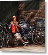 City - Ny - Waiting For The Next Delivery Metal Print